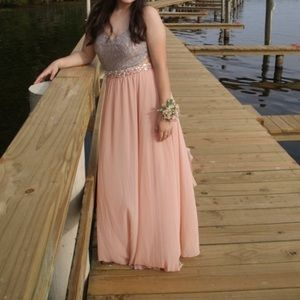 PINK & BACKLESS PROM DRESS